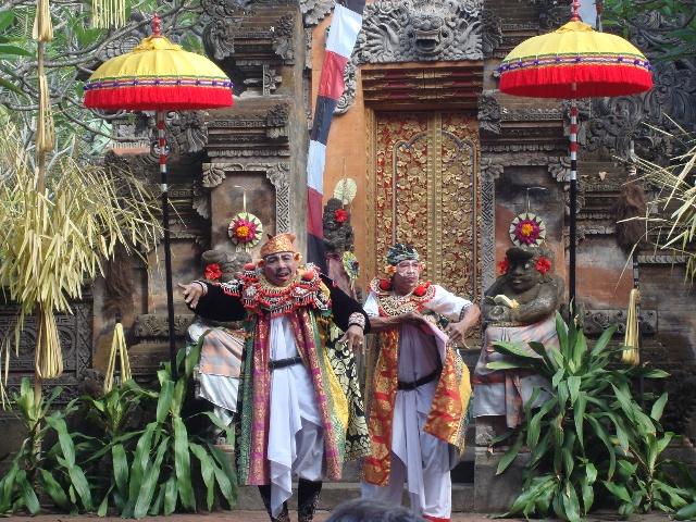 路过巴厘岛以前的大皇宫