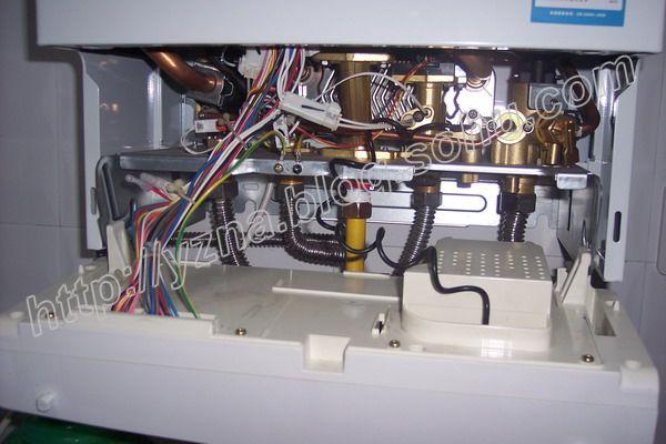 安装壁挂炉温控器