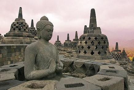 印尼的婆罗浮屠佛塔