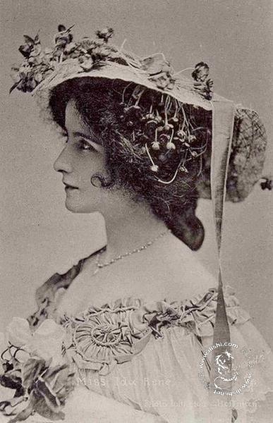 上世纪初的西方古典美女照