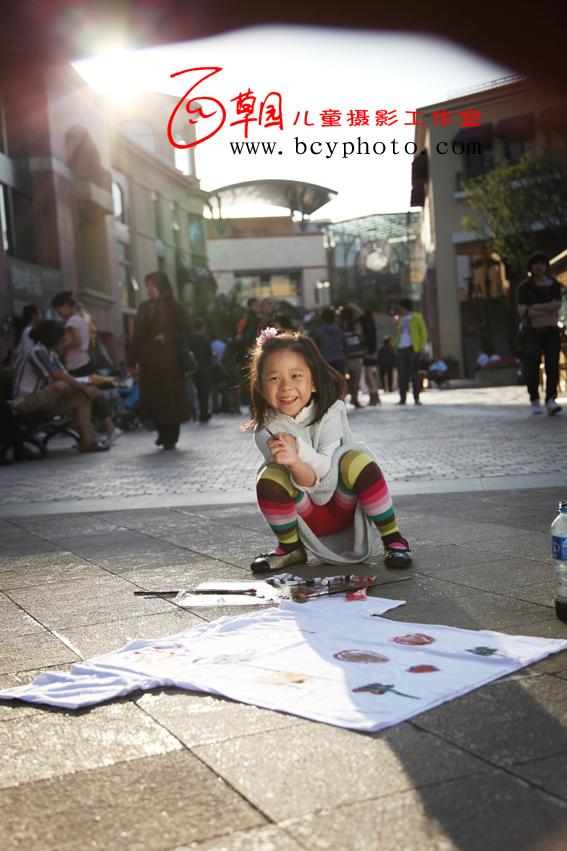 孩子的 眼中这是快乐的,也是幸福的!! 我总是在想画布是不是人
